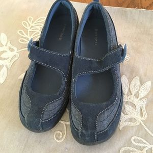 Lands End Mary Janes blue denim with  SZ 6 1/2